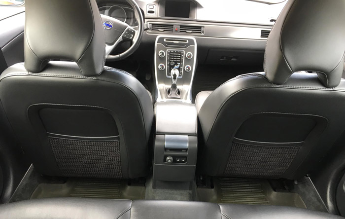 Personbil 2200 kr, SUV 2500 kr, Större bil3000kr